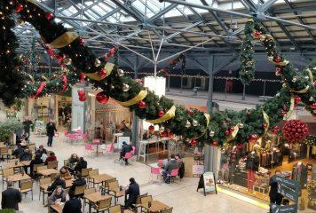 CHQ Mall at Christmas